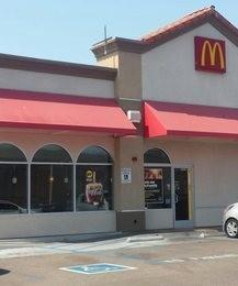 McDonalds- NAS North Island m loggo