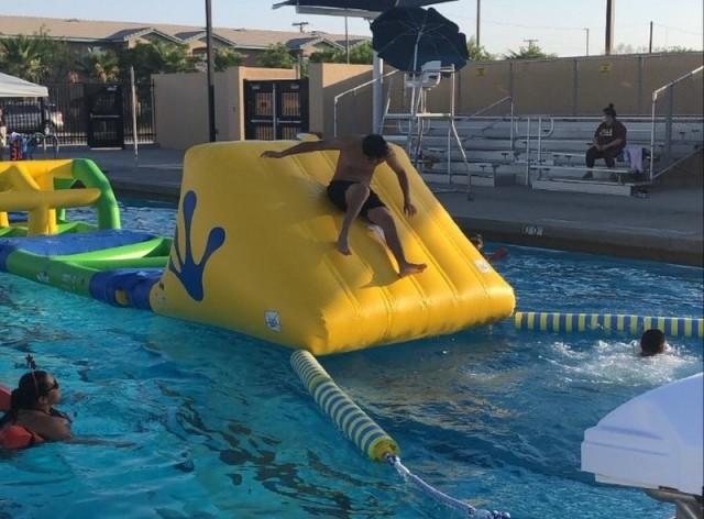 Family Pool - NAF El Centro